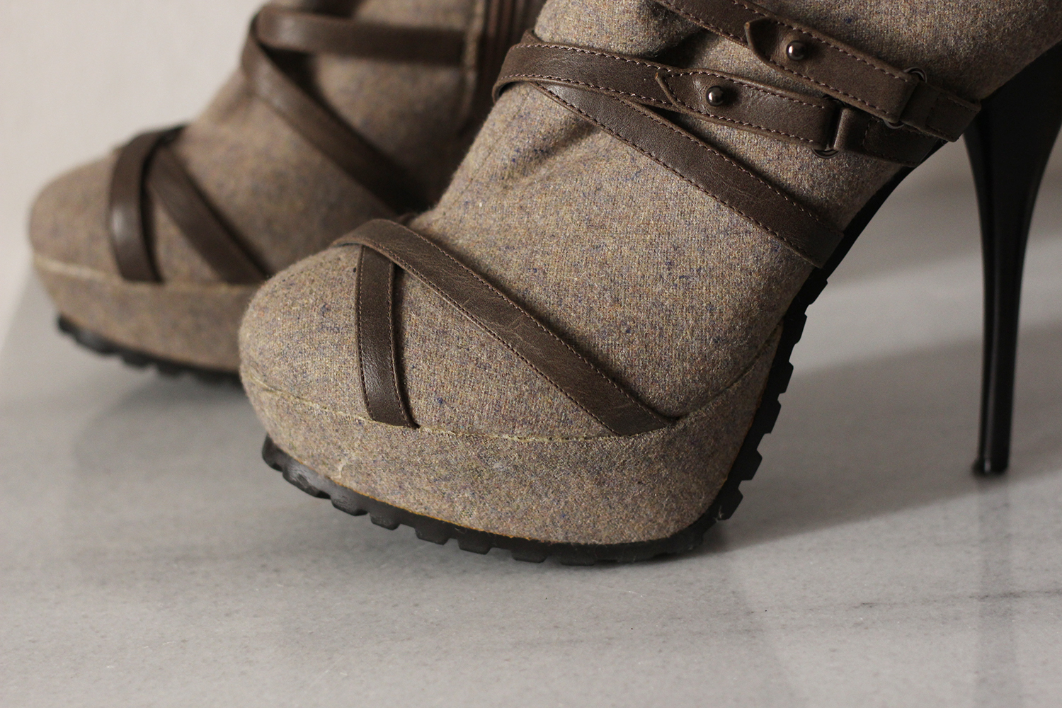beige-strappy-booties