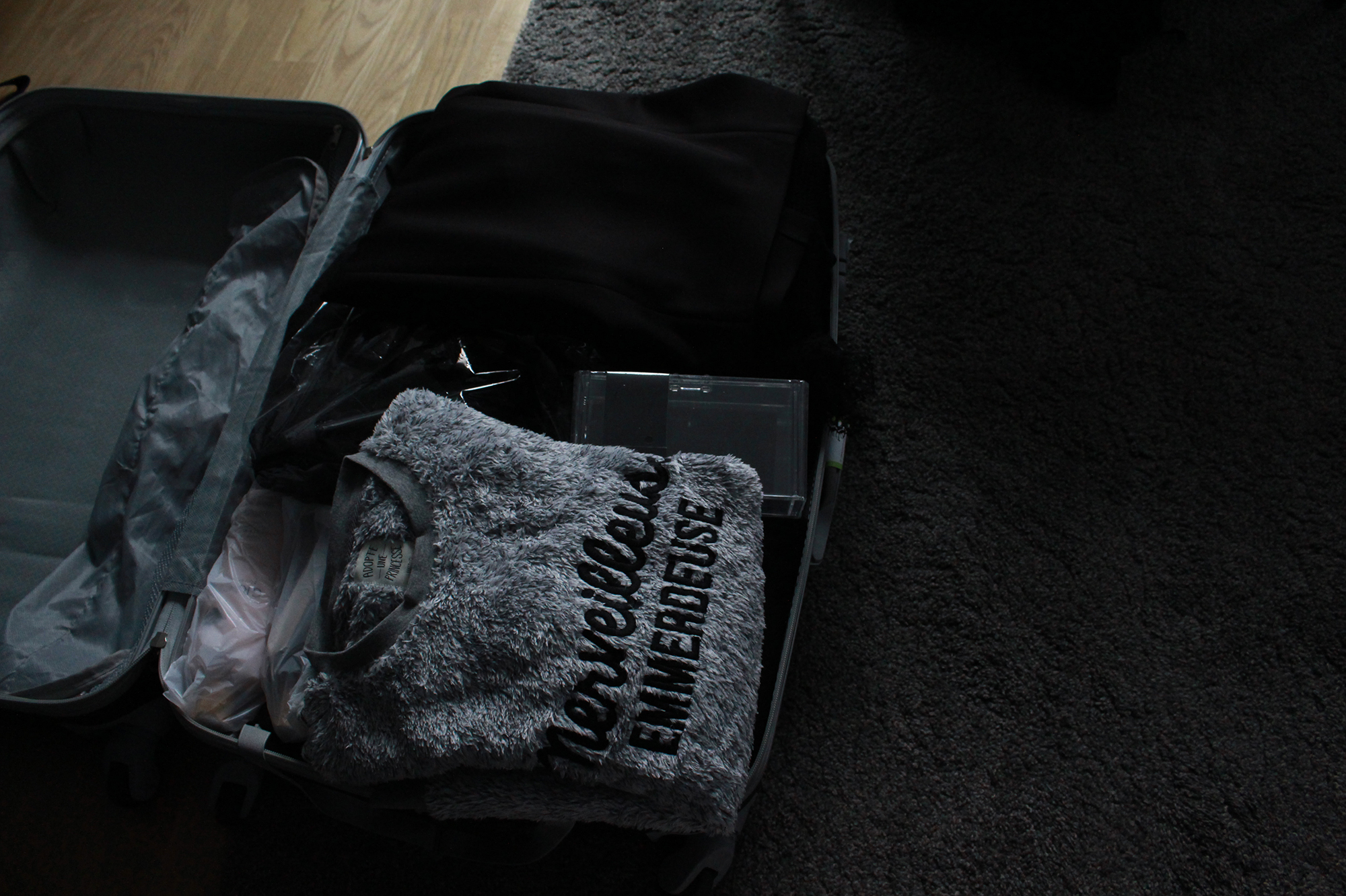 how-to-pack-like-a-fashion-blogger