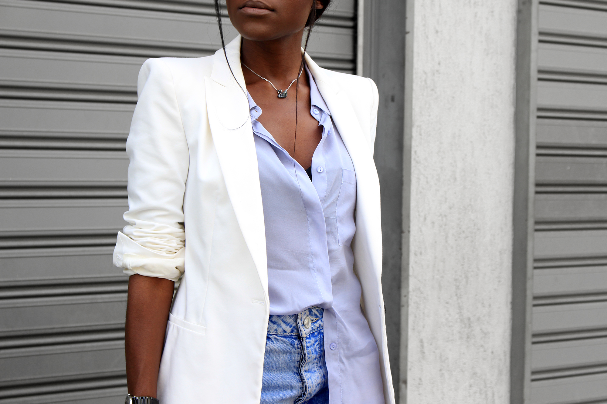 the-white-blazer