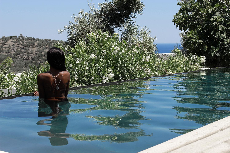 a-luxury-villa