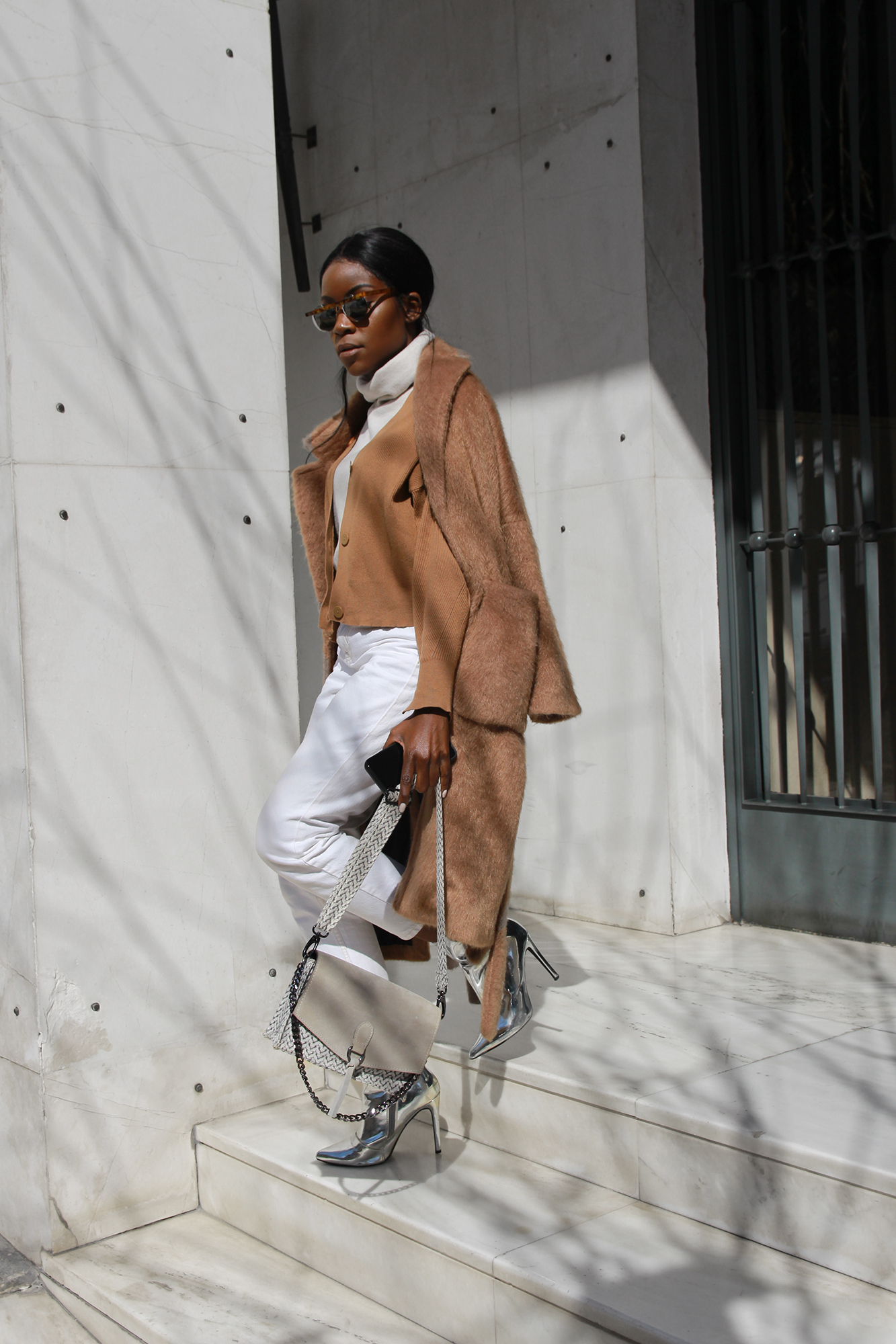 how-to-style-neutral-outfit