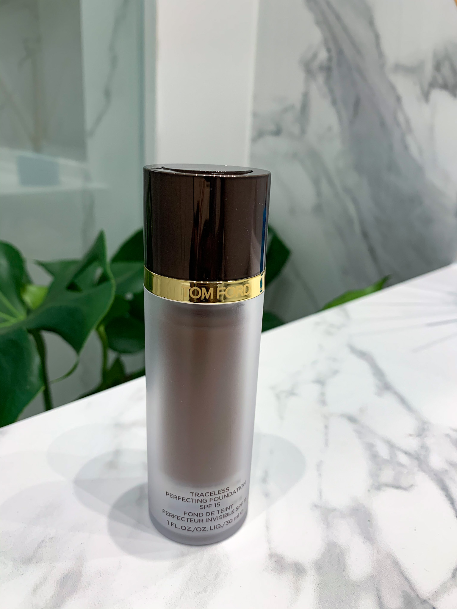 tom-ford-trceless-perfecting-foundation