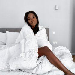 girl-in-bed
